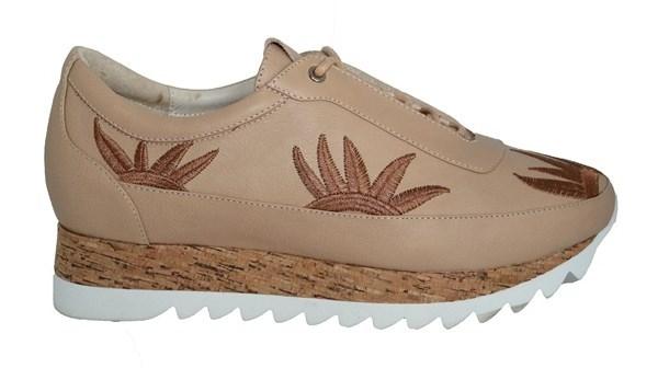 Adidas | Klær, sko og tilbehør | GetInspired.no